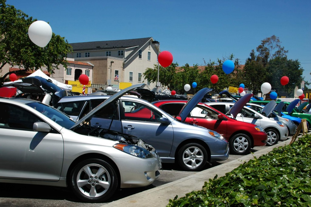 Promotional Balloons - Car Dealers